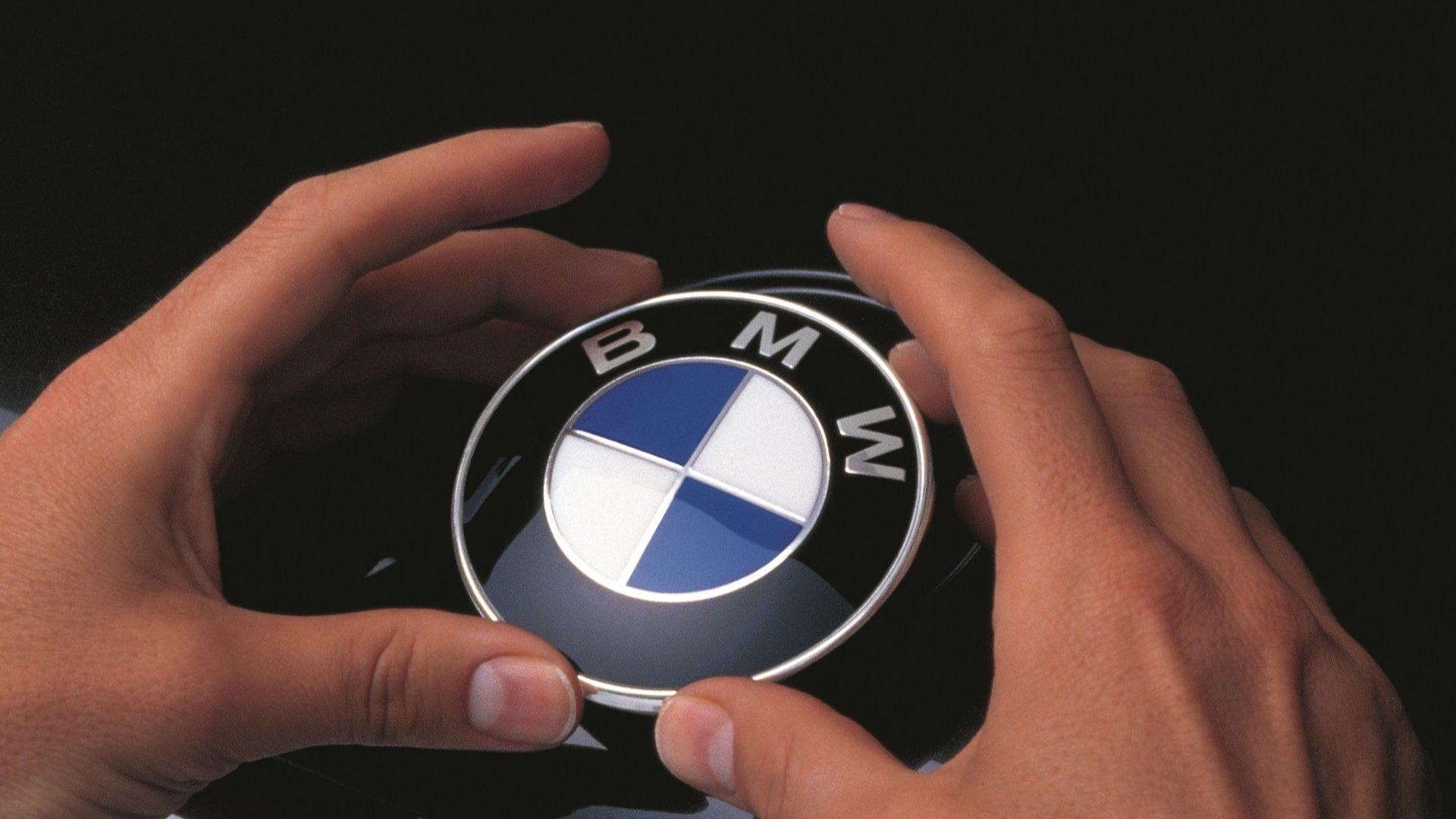 Подарочные сертификаты BMW на услуги сервиса, запчасти и аксессуары в Автодом Внуково